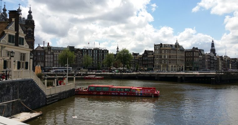 A (free) walking tour through the center of Amsterdam