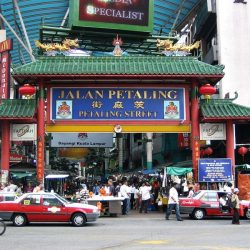 The best shopping markets and shopping streets in Kuala Lumpur